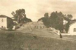 המושבה גדרה בימיה הראשונים (אוסף התצלומים)